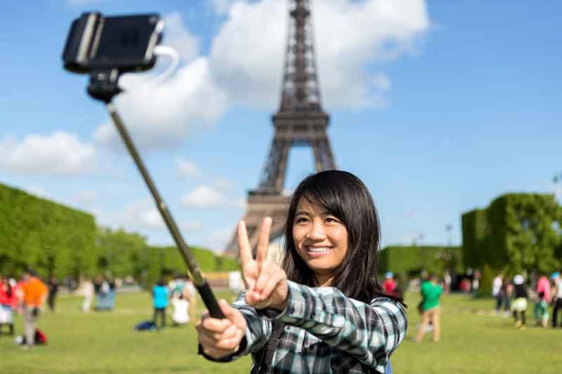 photos predict travel plans